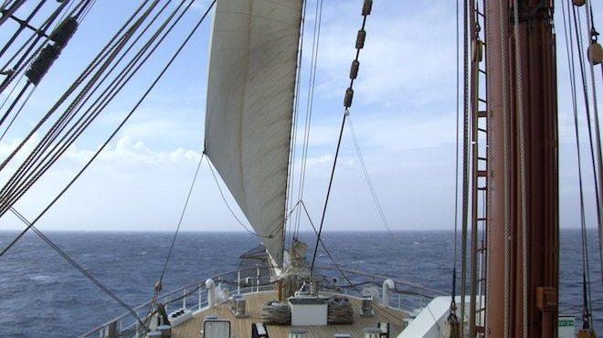 Segel gesetzt: Die Sea Cloud 2 nimmt Kurs auf Horta