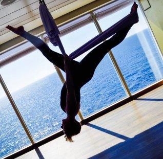 mein-schiff-3-elisabeth-konstantinidis-kreuzfahrt-flying-pilates-0417