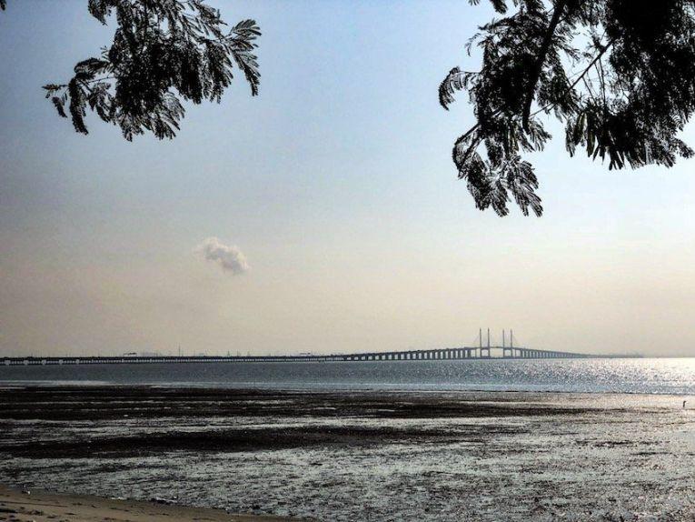 Die Penang Bridge.