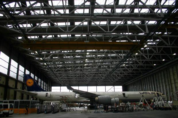 Die Halle der Lufthansa Technik auf dem Frankfurter Flughafen.