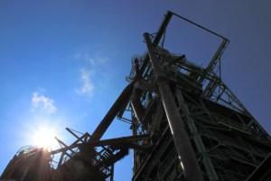 Der Hochofen erinnert mich irgendwie an eine Raketenabschussstation