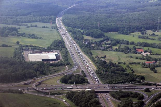 Stau auf der Autobahn A3