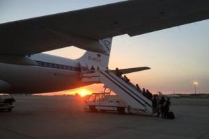 Zum Sonnenuntergang stieg ich in das Flugzeug mit der Condor Sonderlackierung