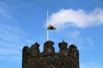 Der Rote Drache als Wappen von Wales auf einer Flagge