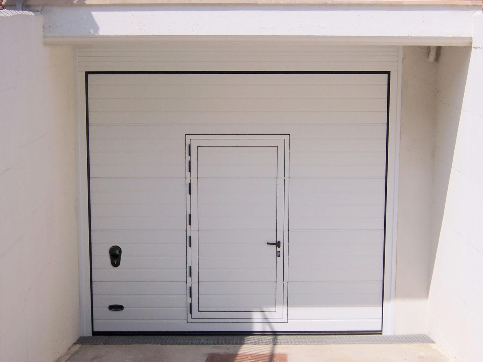 Porta sezionale da garage ARS RL42