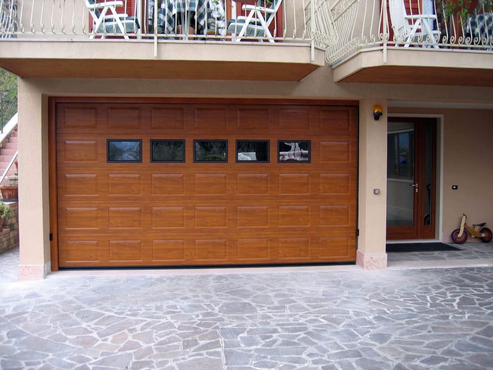 Porta sezionale VNS RL42