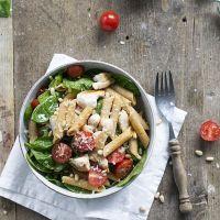 Pasta pesto met spinazie en kip