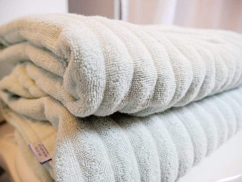 annie-selke-bath-towels