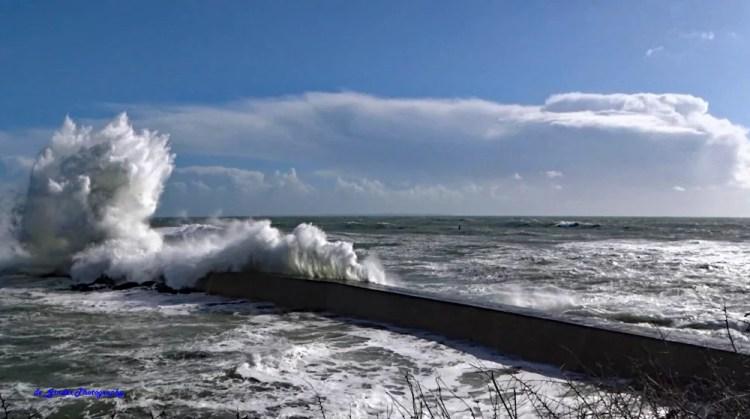 Eine Welle bei Doelan