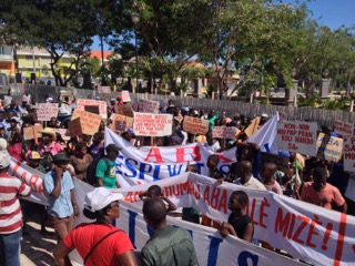 Mining protest in Haiti, November 2014.    Credit: Peterson Derolus