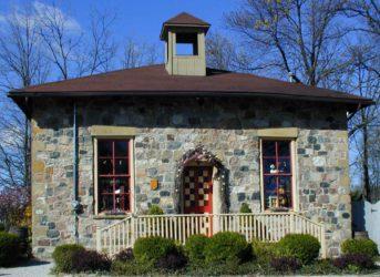 Bretty's Americana Folk Art Store