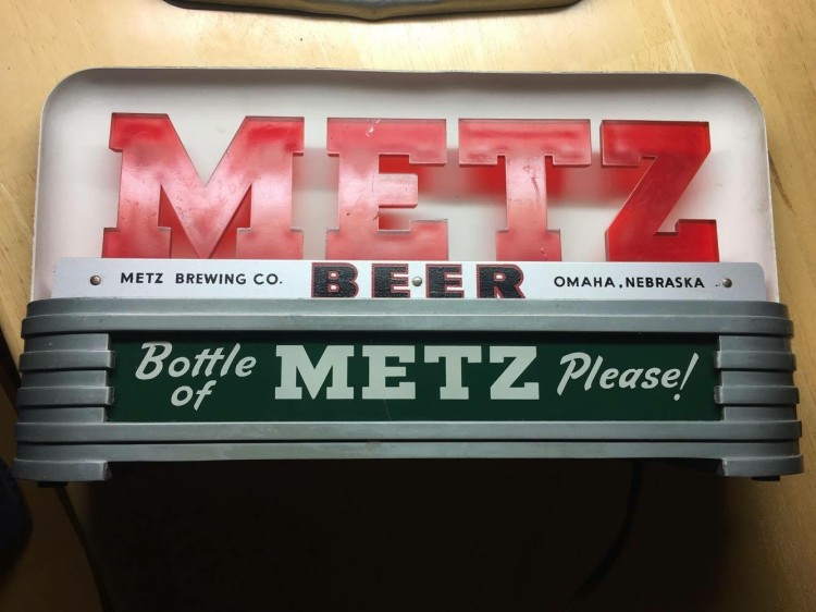 Metz Beer Bar Back Sign