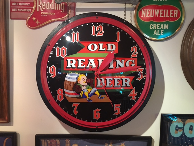 Old Reading Beer Gillco Clock