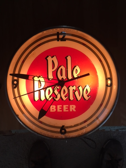 Pale Reserve Beer PAM Clock