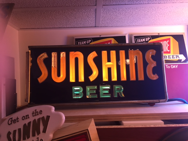 Sunshine Beer Box Lighted Brunhoff SIgn