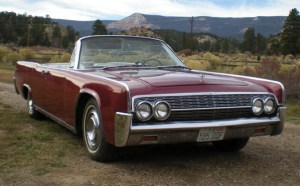 1962 Lincoln Maroon