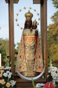 Figura Matki Bożej Loretańskiej z Dzieciątkiem