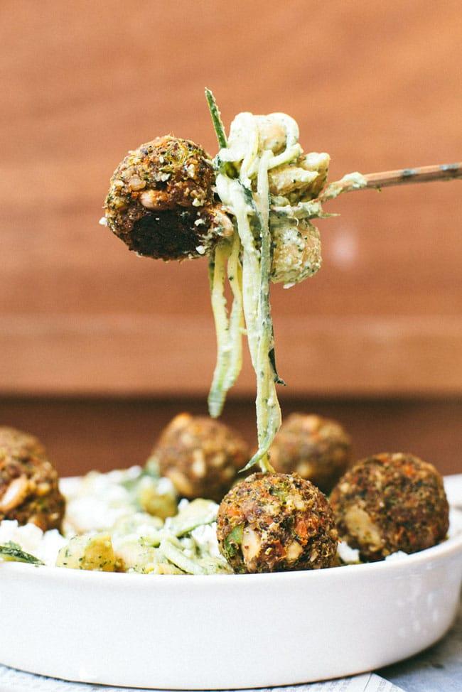 pesto pasta with vegetarian meatballs