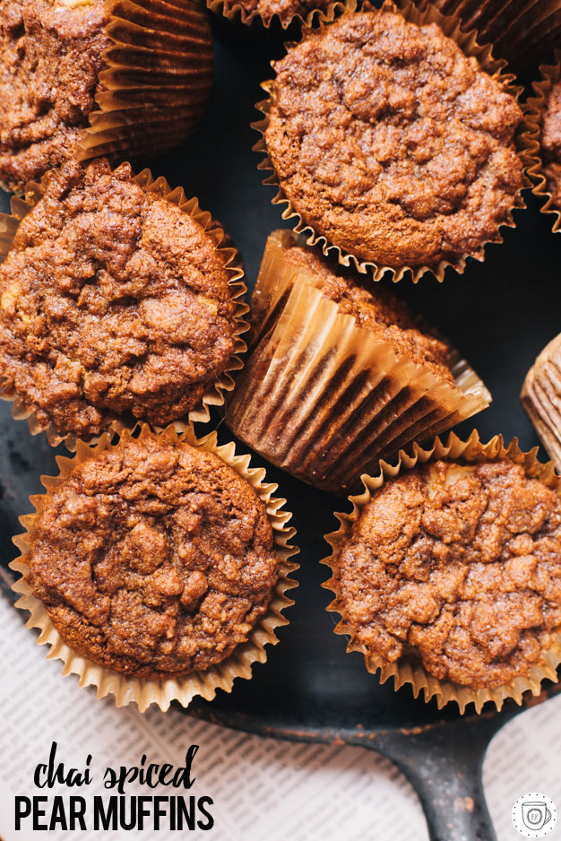 chai and pear muffins with streusel topping