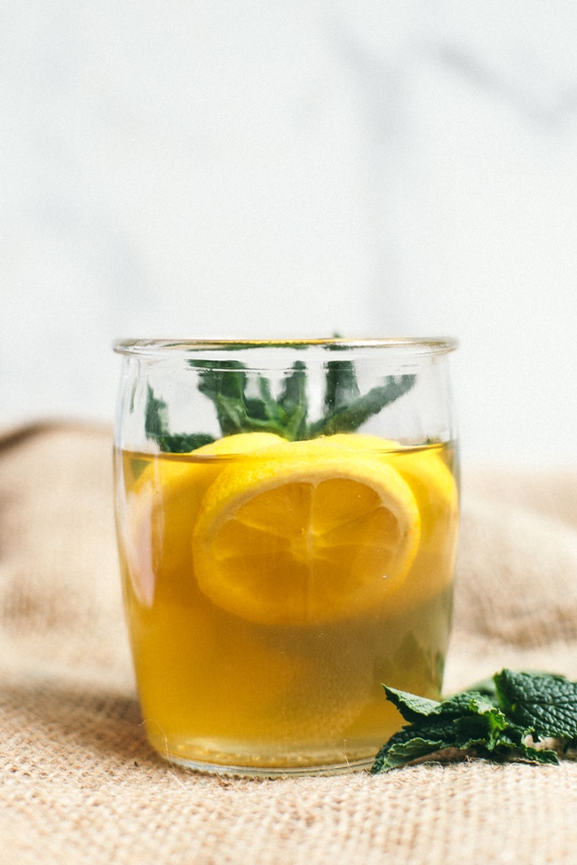 green tea sangria with honey, lemon and mint