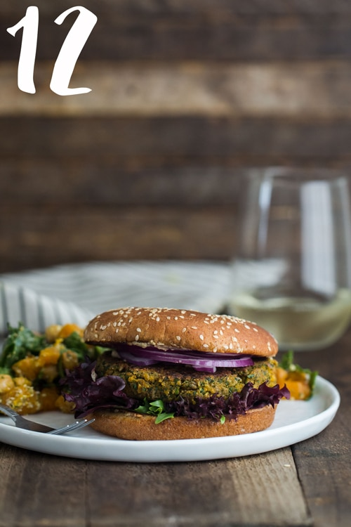 chickpea_burger_with_spinach