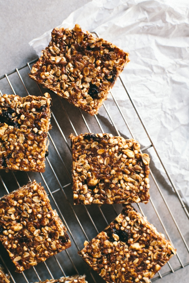 blueberry crisp granola bars that are SO MUCH better than Clif | Brewing Happiness