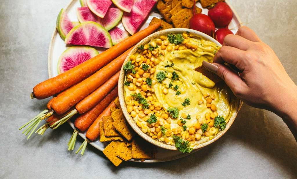 Yellow Split Pea Hummus made with @pompeian olive oil! | Brewing Happiness