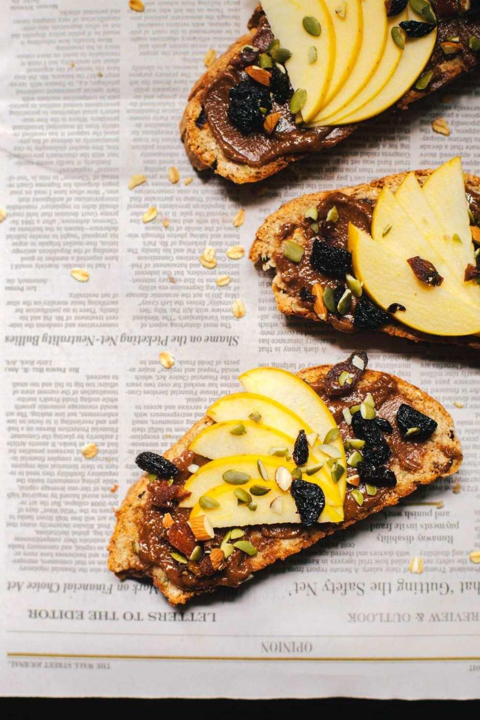 Whole-Wheat Muesli Bread + Vegetarian Heartland Cookbook | Brewing Happiness