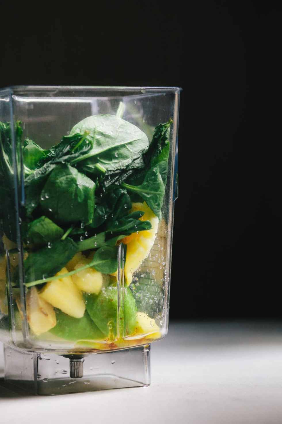 Pineapple Mint Green Smoothie | Brewing Happiness