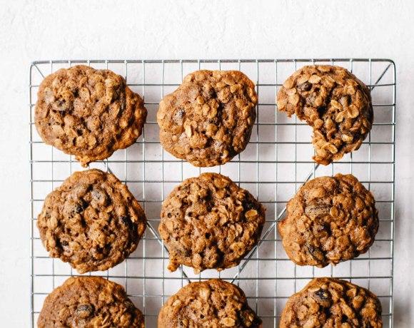 Teff Flour Oatmeal Raisin Cookies