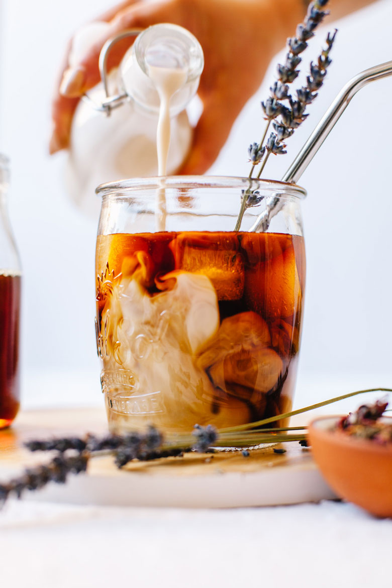 Easy Lavender Rose Cold Brew #lavender #rose #coffee #coldbrew | Brewing Happiness