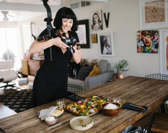 DIY Food Videography Courses are HERE.