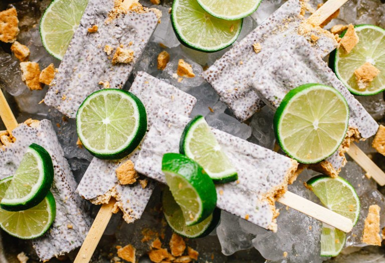 Key Lime Pie Chia Pudding Popsicles #popsicleweek | Brewing Happiness