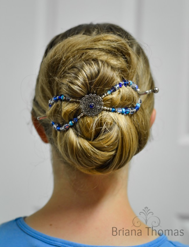 Lilla Rose Hair Clip Review and Giveaway