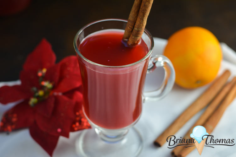 This Cranberry Wassail will make your house smell like Christmas! THM:FP, low carb, low fat, sugar free, gluten/egg/dairy/nut free