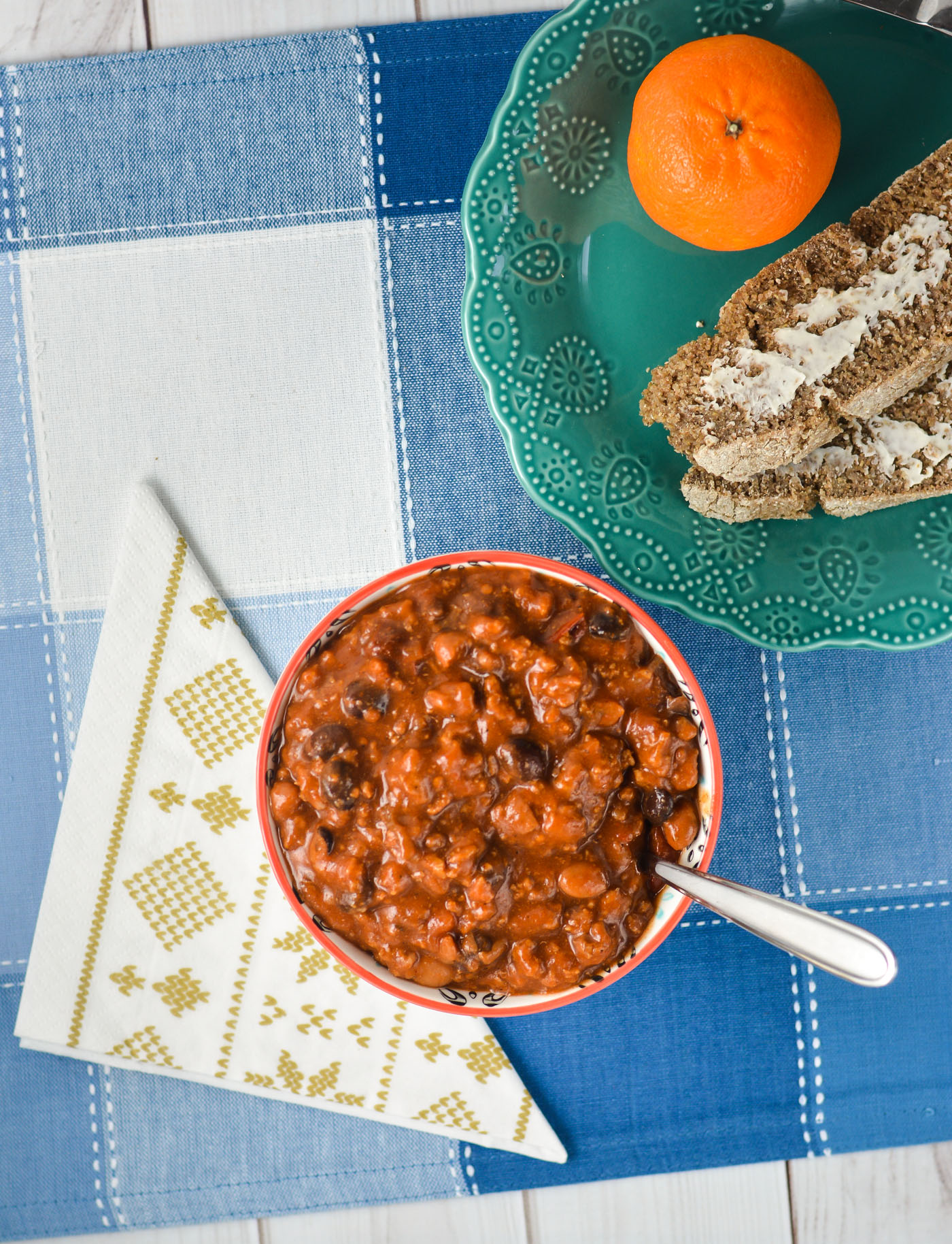 This Sweet & Smoky Chipotle Chili is a step up from your standard chili recipe! THM E, low fat, NSI (sub a locally-sourced sweetener), allergy friendly