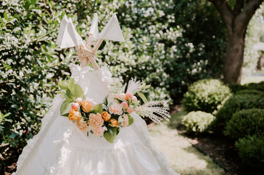 teepee floral party decoration