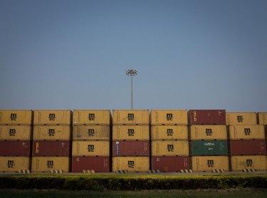 Containers, Port of Tianjin, Tianjin, China (IMG_5041)