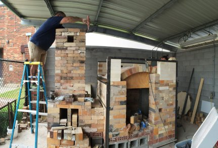 Soda kiln - working on chimney