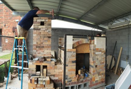 Soda kiln - working on chimney