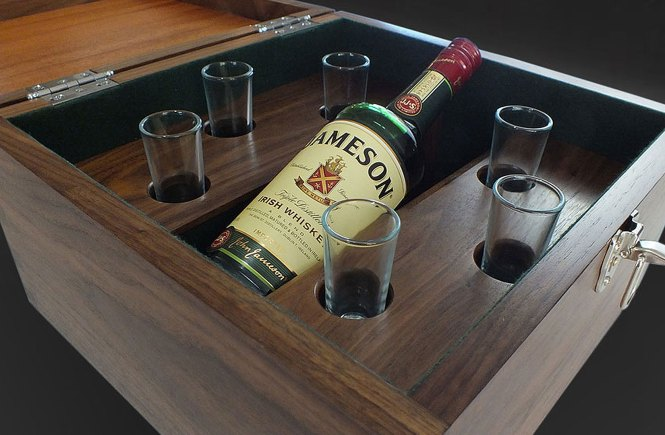 How to build a whiskey box, DIY Woodworking plans