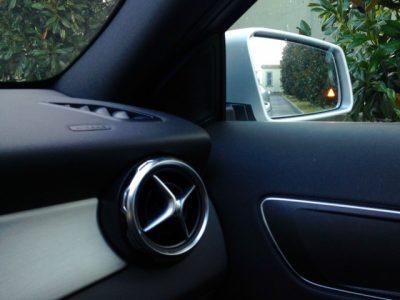 GLA Mercedes particolare accessori