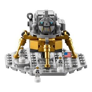LEGO NASA Apollo Saturn V Moon