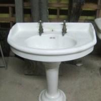 Lavandino da bagno in ceramica di recupero