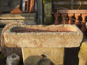 vasca in pietra serena di recupero