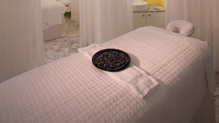 vmi-spa-treatment-room-1280x720