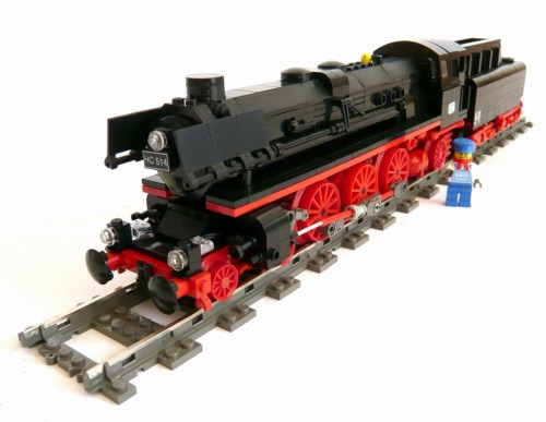 Bambis BR01-10 steam train