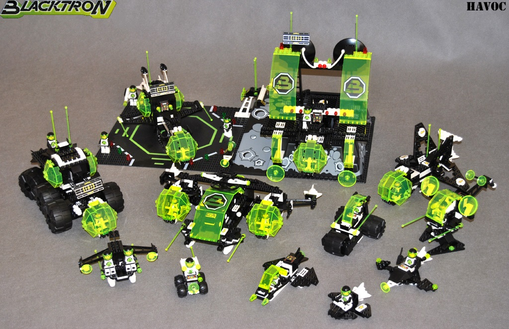 https://i2.wp.com/www.brickshelf.com/gallery/Havoc/Reviews/BlacktronII/01.jpg