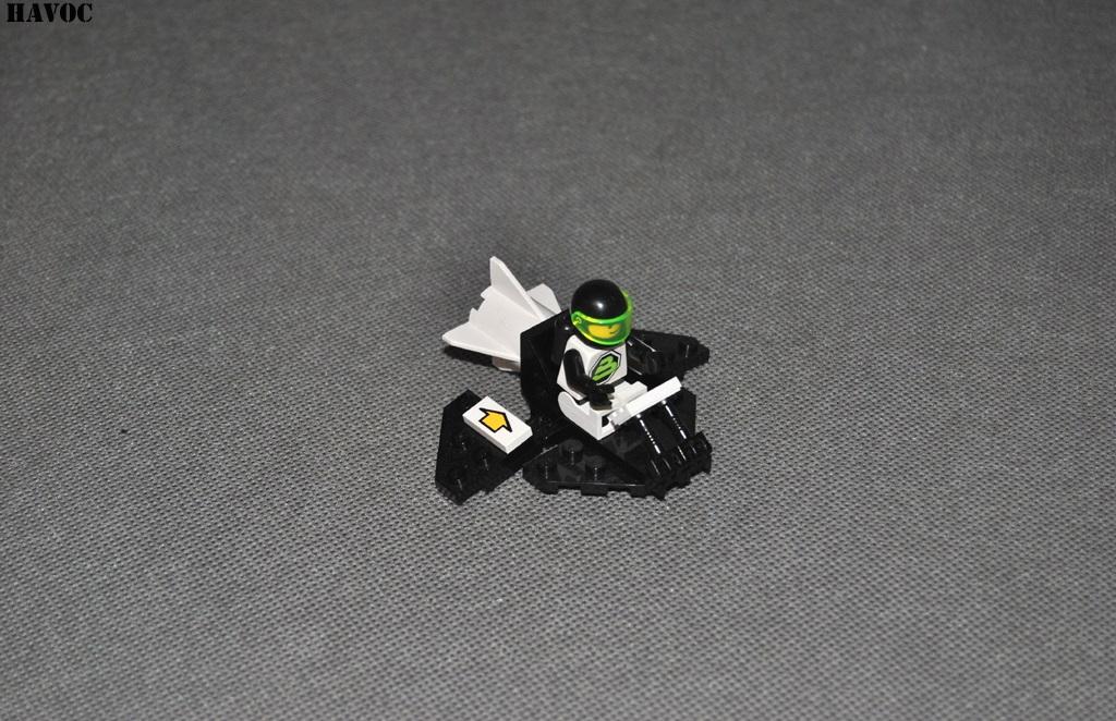 https://i2.wp.com/www.brickshelf.com/gallery/Havoc/Reviews/BlacktronII/03.jpg