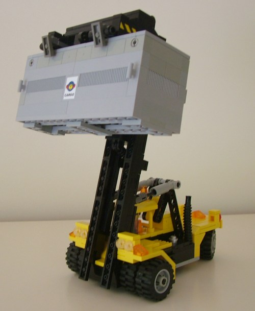 Carl's container stacker